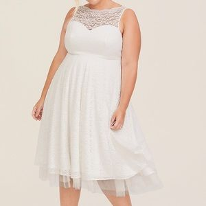 TORRID SPECIAL OCCASION IVORY LACE MIDI DRESS NEW